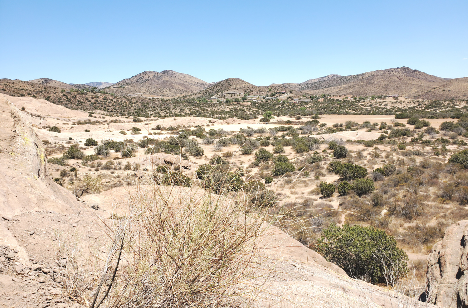 The wide expanse of desert, with no easy shade for the trip