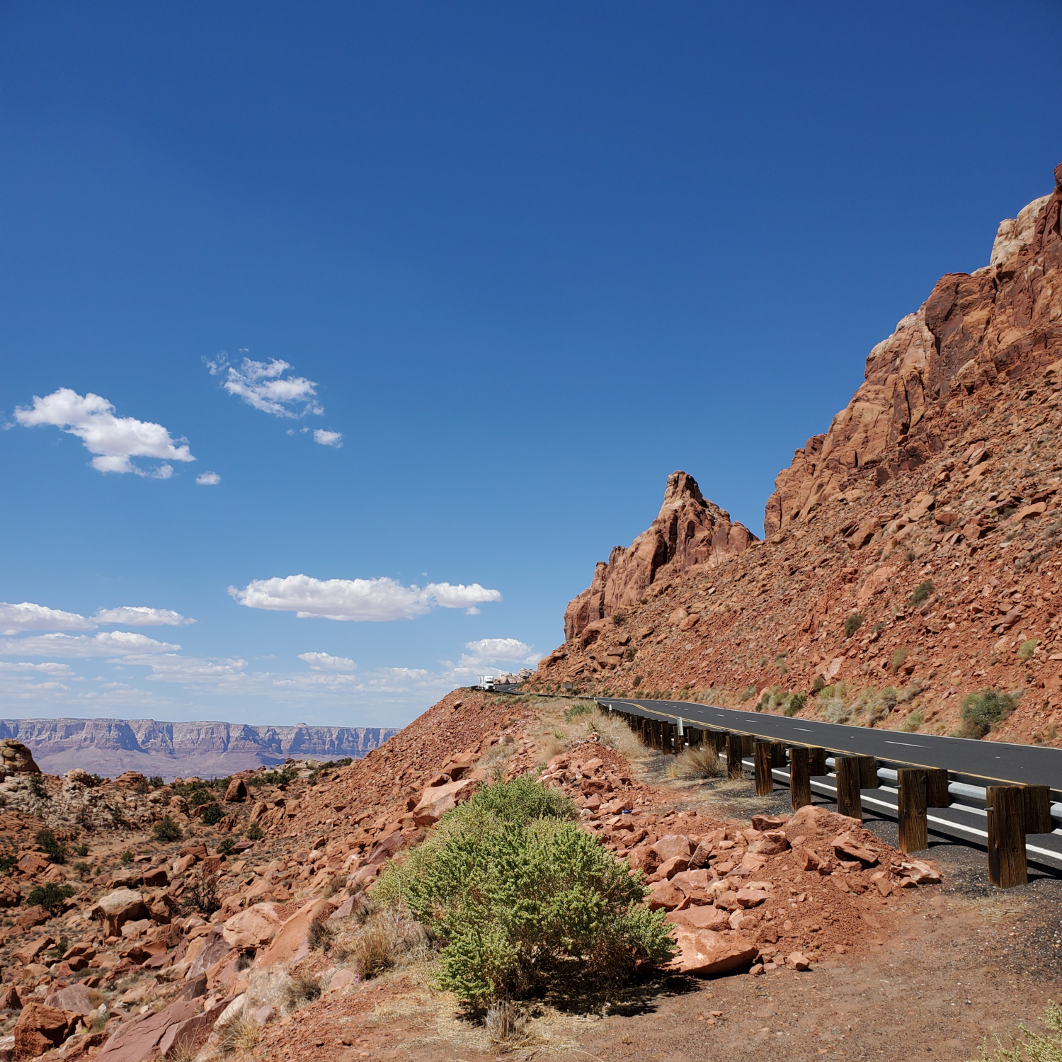 The mountain road and views of northern Arizona